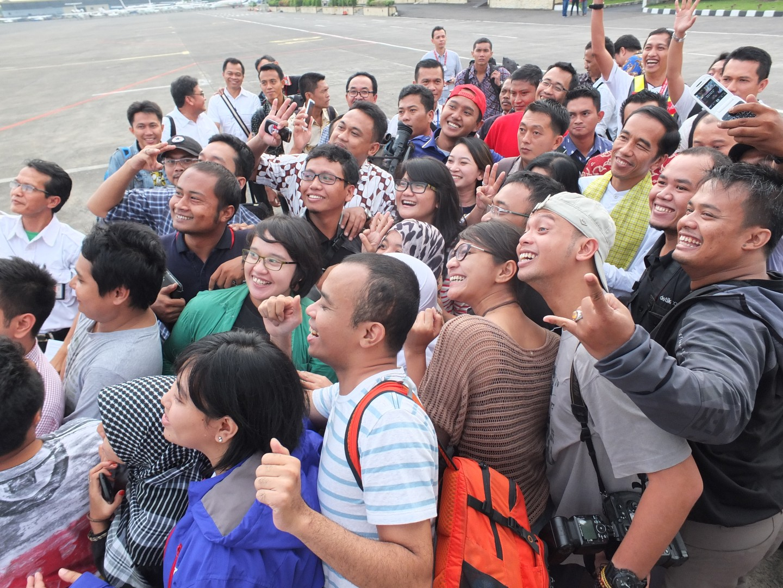 Ketika Jokowi Bilang Terima Kasih Kepada Rakyat Biasa Seperti
