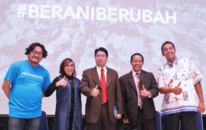 Felix with Wise Jakarta Smart City, Andri Ansyah Kadishub, Isnawa Aji KadisKebersihan, Iqbal Lurah Semper Barat (3)
